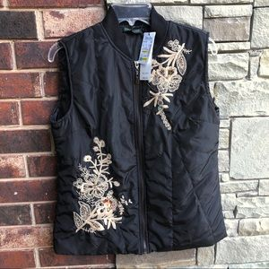 NWT For Cynthia Black Filled Floral Stitch Vest M